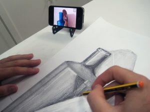 Móvil para dibujar mejor. Arte Casellas. Clases. Peparación. Presencial y online. Estudios Superiores. Grados Supeiores. Diseño 5